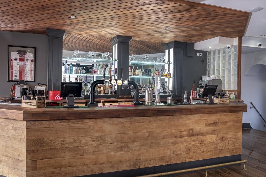 Panelled Bar