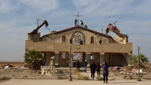 Het kruis is terug in Qaraqosh