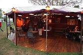 Bistrot demi yourte, caravane catering, parquet bois
