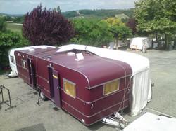 La caravane cuisine et la demi-yourte