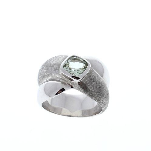 Green Amethyst Criss Cross Ring