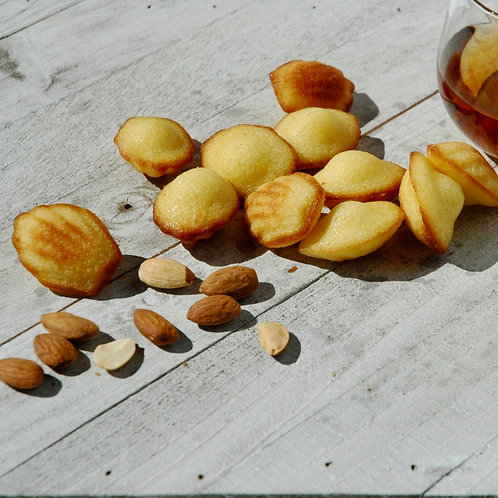 Petites Madeleines Almond flavored - 7 oz