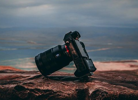 I don't usually love to put my cameras on the edge of a cliff...jpg