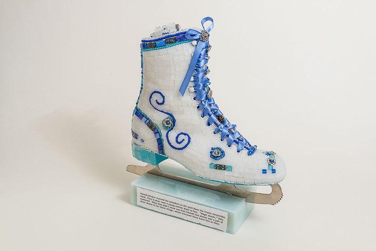 Hannah Brinker's skate