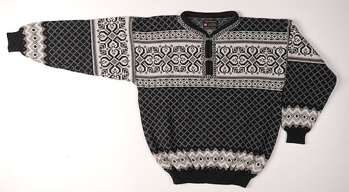 Black and Gray Norskwear Pullover with 2 clasps