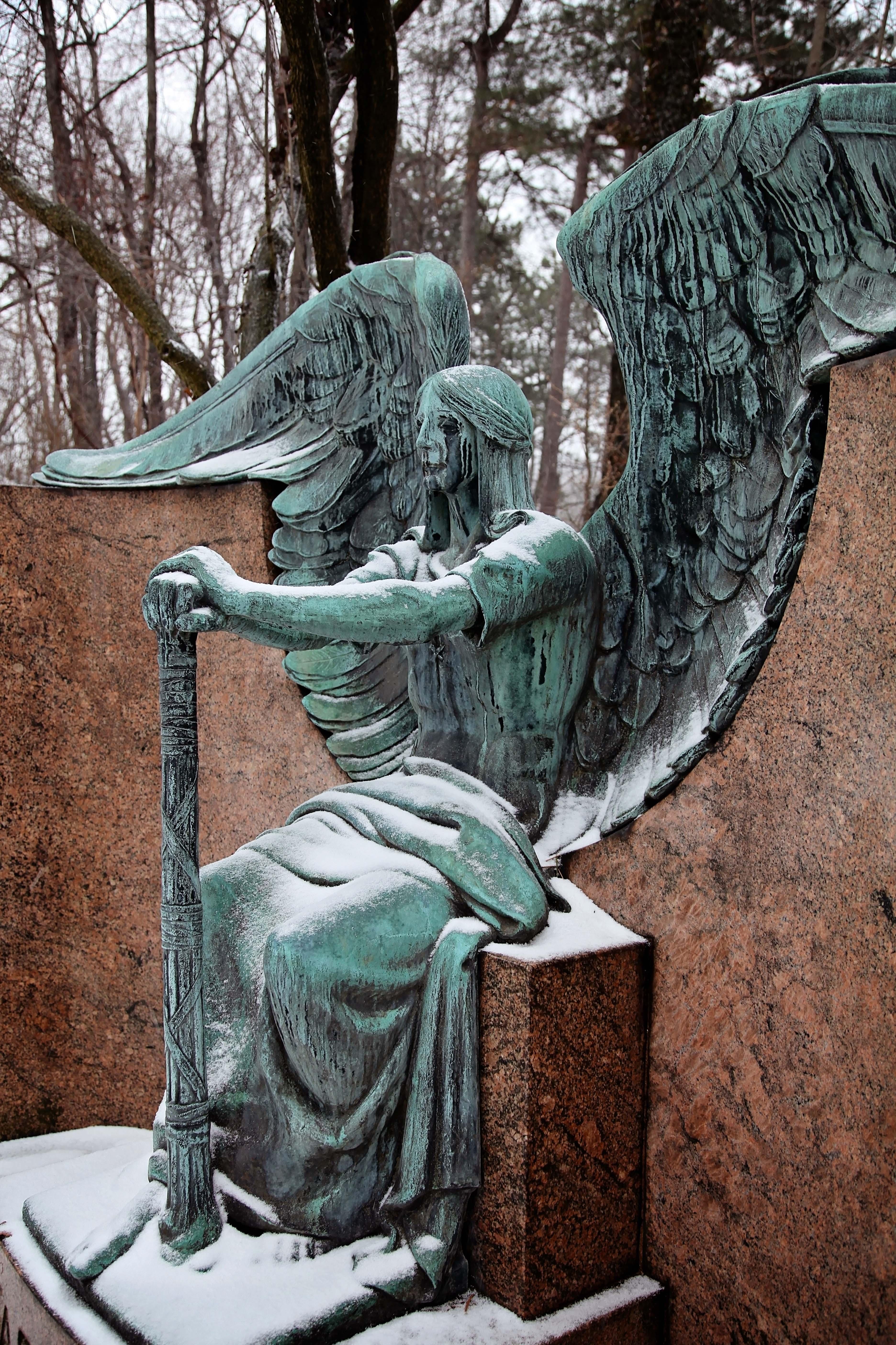 Hasserot Angel 11