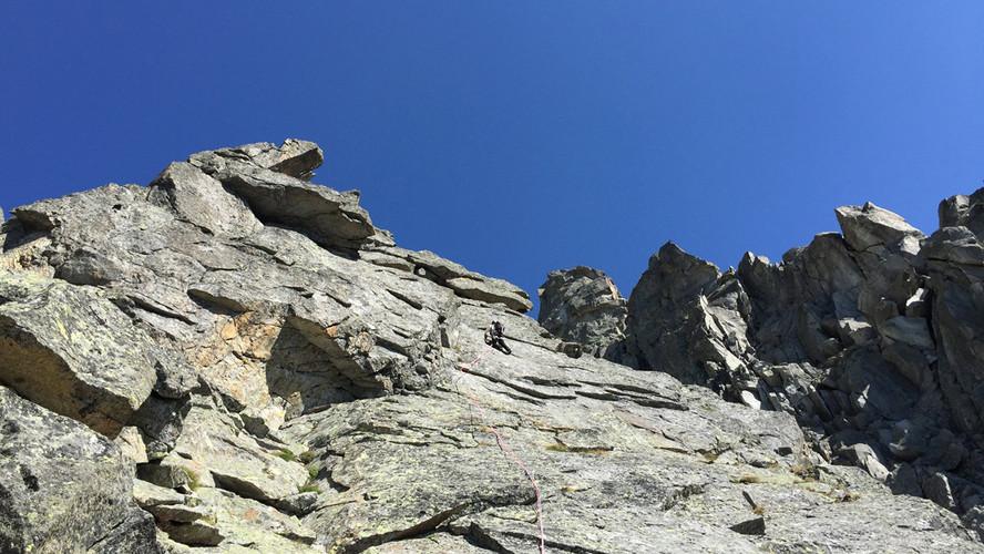 scalata roccia ski school.jpg