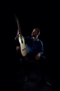 Nueva Guitarra Ecuatoriana
