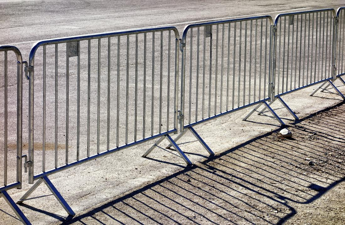 мобильные ограждения, барьеры