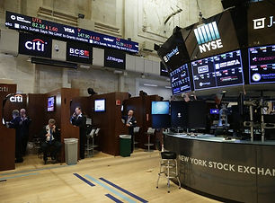 New-York-Stock-Exchange-Wall-Street-New-