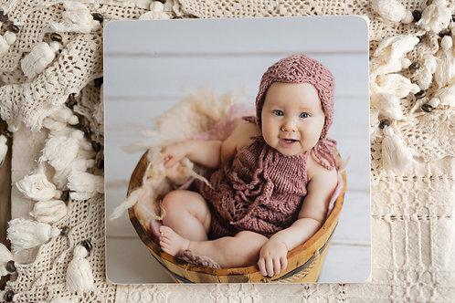 Session bébé avec un portrait de 30*30cm imprimé et 3 photos en HR (plus en NB)