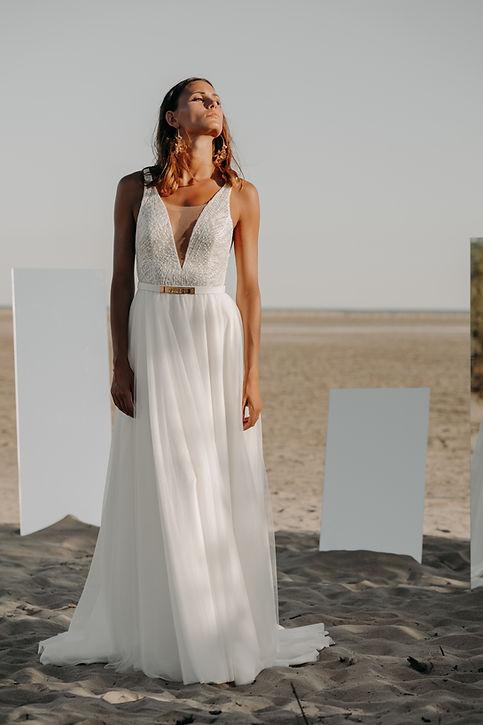 19H30 robe mariee tulle dentelle transparence romantique createur marseille