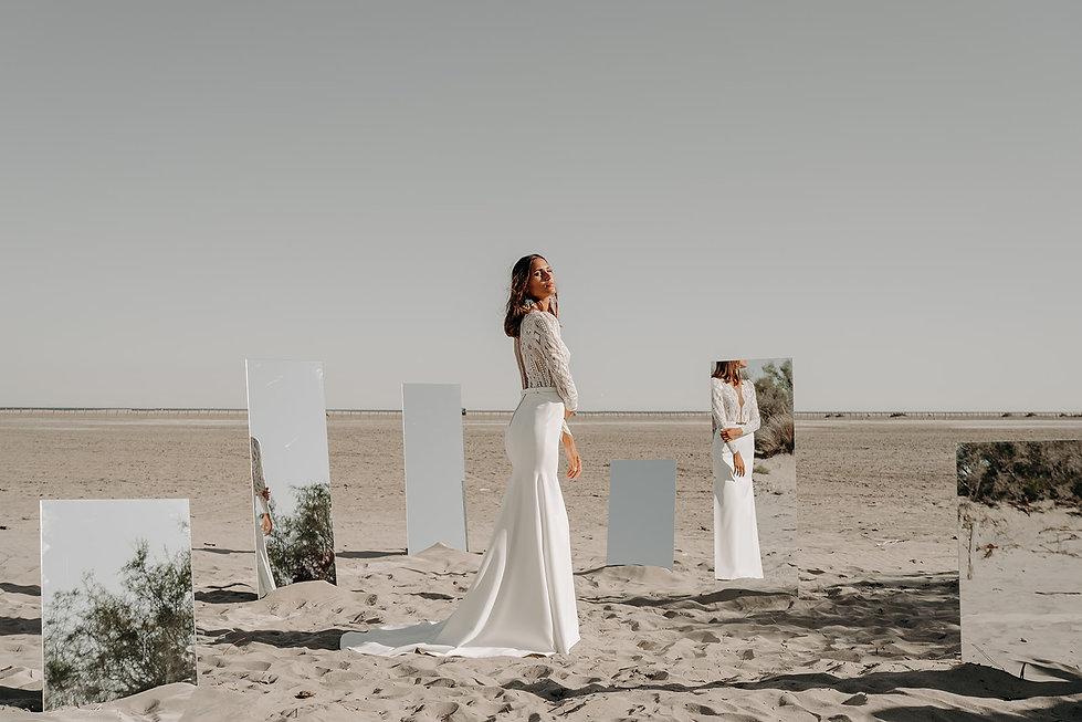 19H00 robe mariee manches longues graphique transparence romantique createur marseille