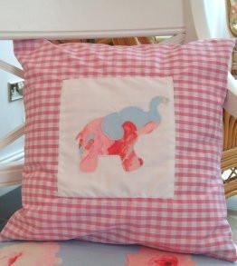 pink_gingham_cushion