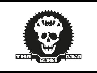 Los Goonies bike se reúnen en LeHub para la entrega de los carnets y las fichas federativas