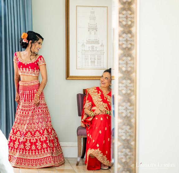 72WED-Ami&Yuvraj-BridePithi-EX-LR-WML11_