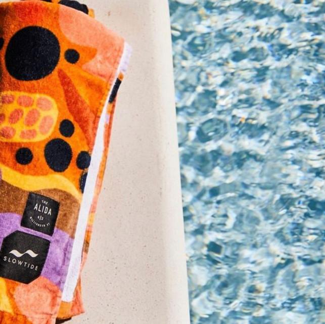Alida hotel, pool towel
