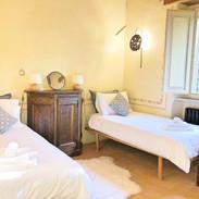 Twin Bed Room.jpg
