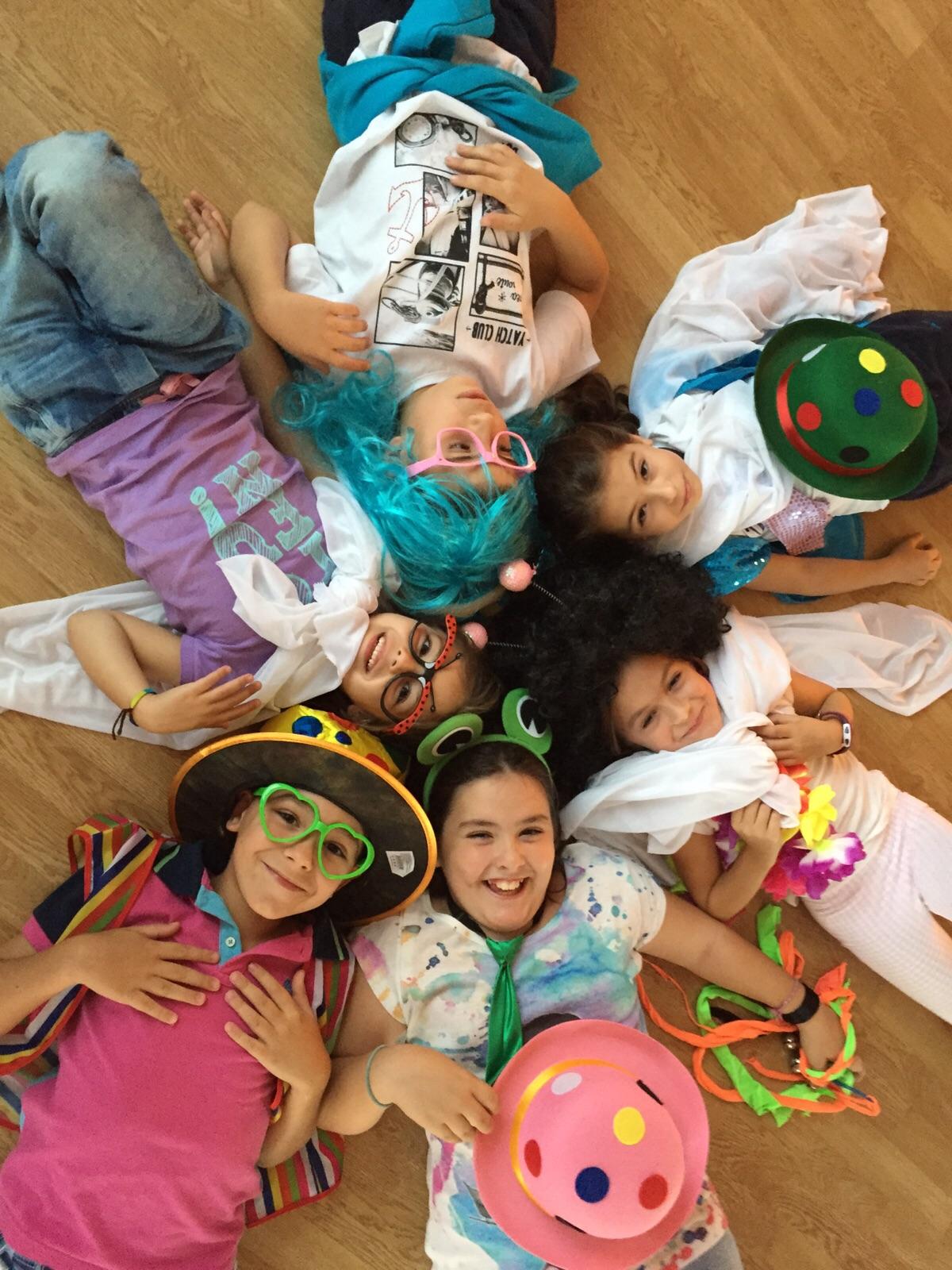 Niños teatro creativo