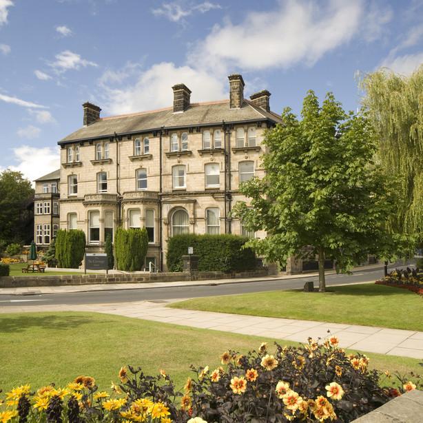 Shearings Hotels, UK
