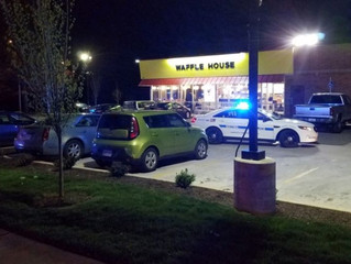 Nude killer with AR-15 kills three, wounds four at Waffle House