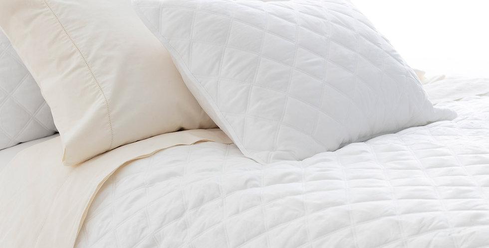 Piqué Quilted Silken Blanc