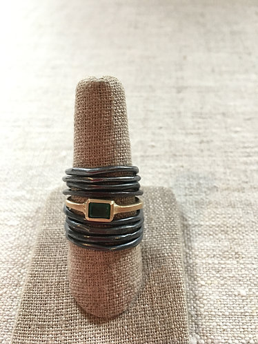 Ring 10 K, emerald, one of the kind, stone upon availability