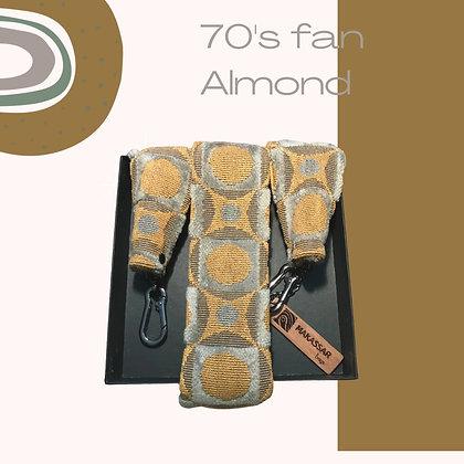 NEO 70's Almond
