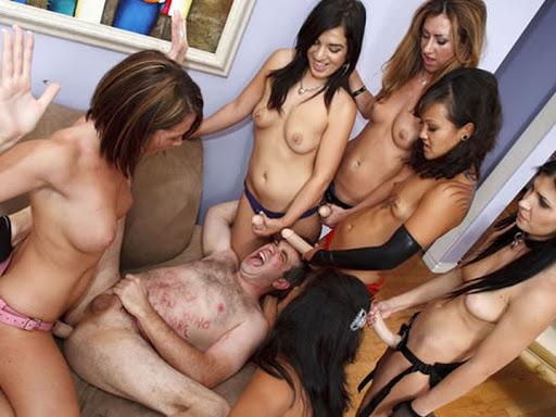 brinquedos sexuais insinuant magazine mulheres gostosas peladas-17