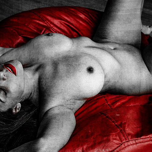 Red lips #2 | Fine Art Nude Print | Nude Wall