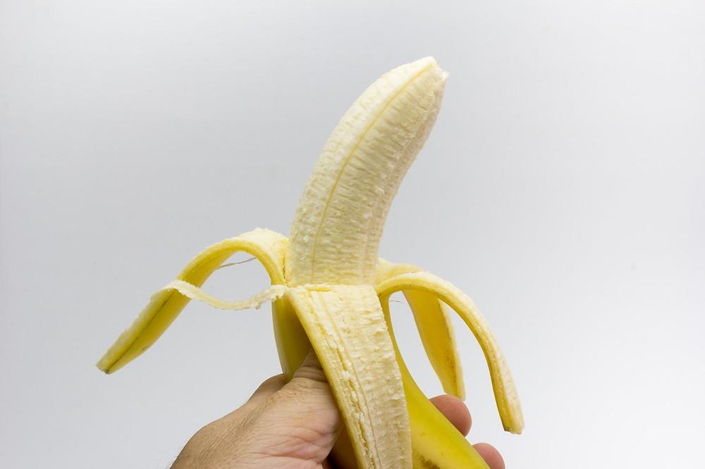 Alimentos e Apetite Sexual - Insinuant Magazine - Mulheres Nuas