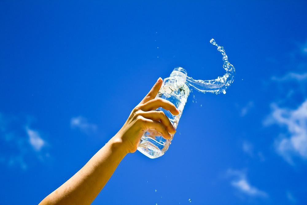 CCJB Brasília - Hidratação: quantos litros de água devemos beber por dia?