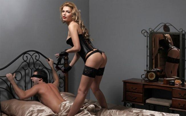 dupla penetracao insinuant magazine revista masculina mulheres nuas