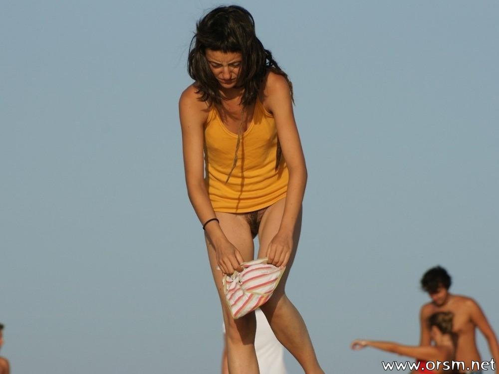 flagras de biquinis na praia mulheres peladas insinuant magazine brasileiras nuas