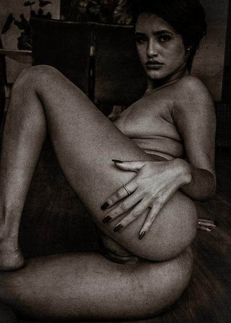 The tempting woman | Fine Art Nude Print | Nude Wall