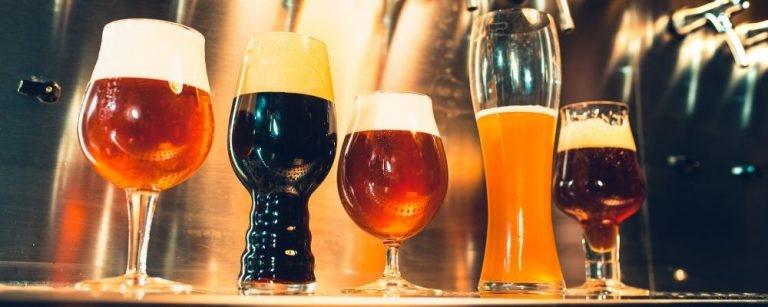 5 Cervejas artesanais que você precisa provar.