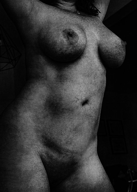 The curves of the mysterious lady #2 | Fine Art Nude Print | Nude Wall