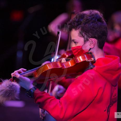 YR2021-FiddleShow_F1A7696-sm_wm.jpg