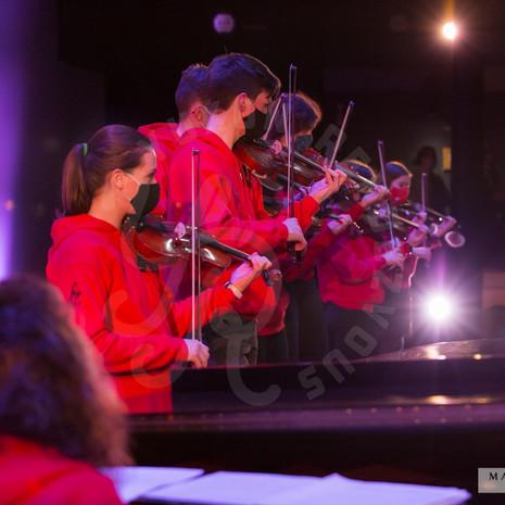 YR2021-FiddleShow_F1A7723-sm_wm.jpg
