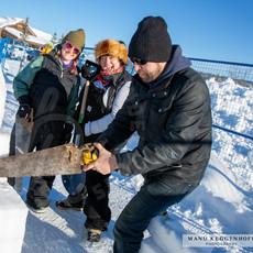 YR2021 SnowCarvings_F1A8031-sm.jpg
