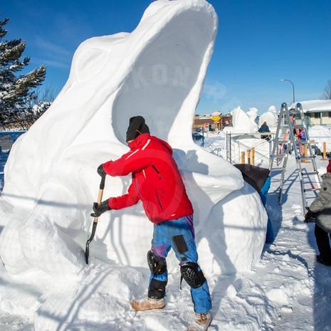 YR2021 SnowCarvings_F1A8041-sm.jpg
