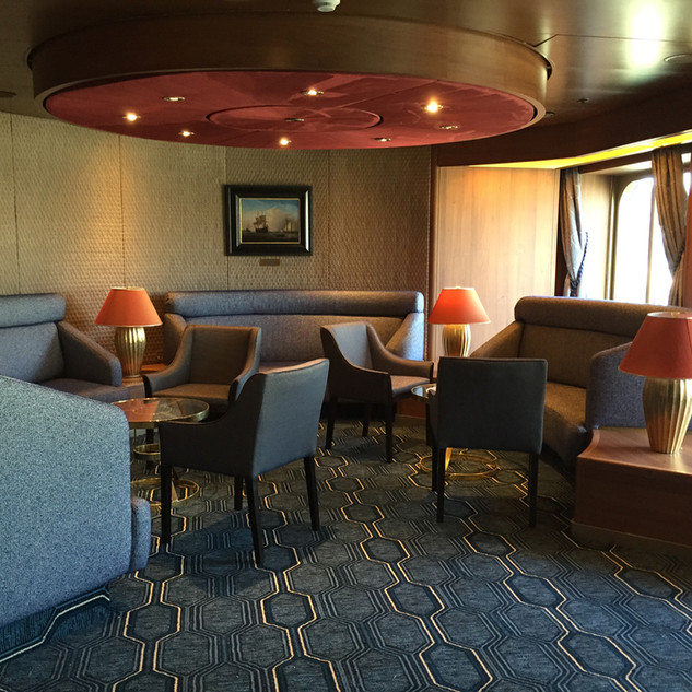Holland America Explorers Lounge