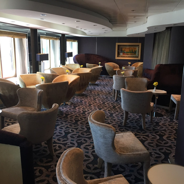 Holland America Pinnacle Bar