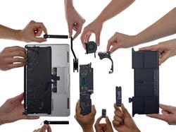 apple-macbook-case-hinge-repair-cracked-