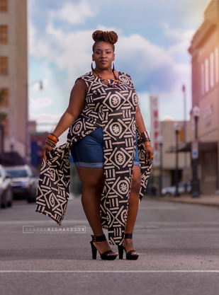 portrait of plus size model by sharde richardson photography