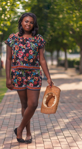 senior portrait of teen girl by sharde richardson photography