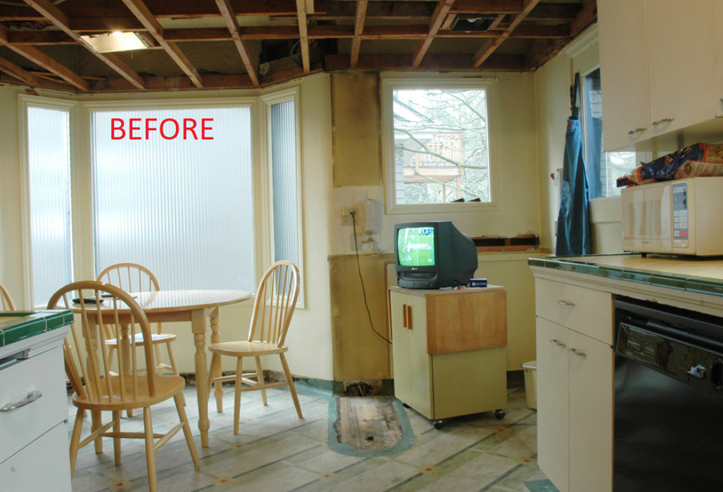 Kitchen before pic 3.png