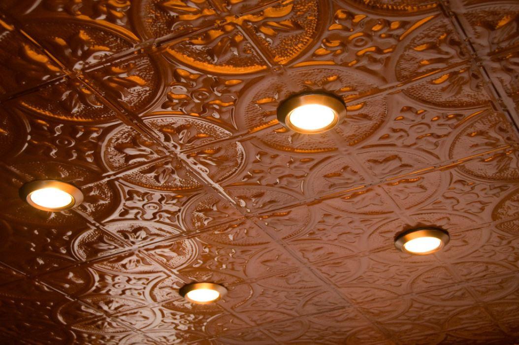 Kitchen 2 ceiling.JPG