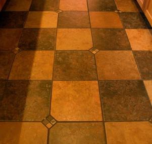 Kitchen 4 tile.JPG