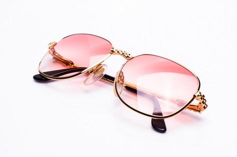 Corey-Shapiro-vintage-frames-streetwear-mockery-18.jpg